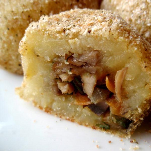 Картофельные крокеты с начинкой
