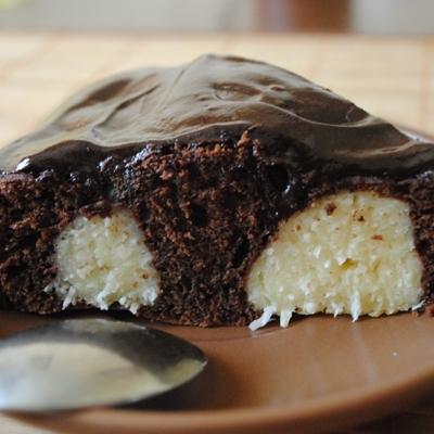 Шоколадный пирог с творожными шариками: пошаговый рецепт с фото в домашних условиях