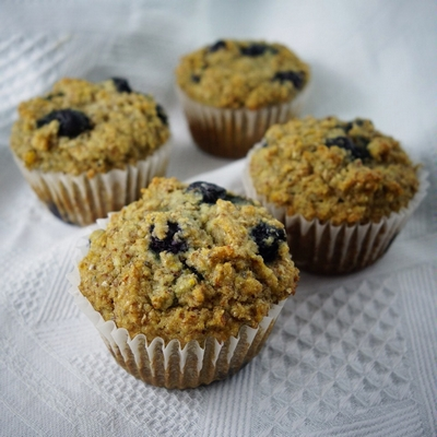 blueberry-almond-muffins