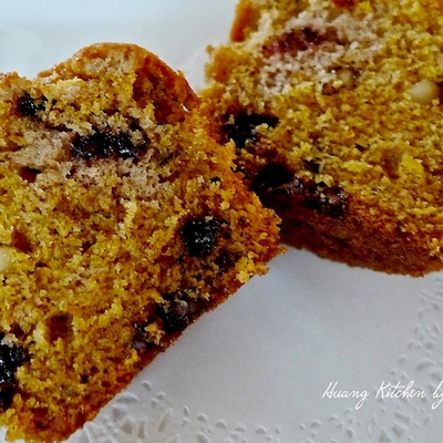 chocolate-chip-pumpkin-walnut-muffins-15