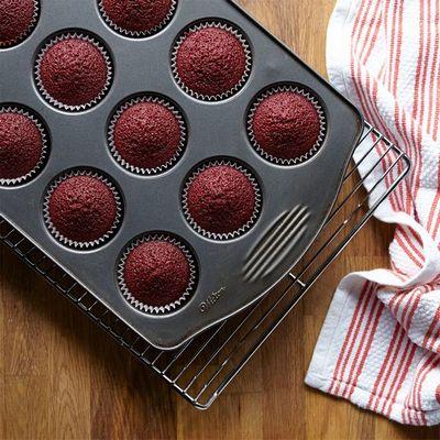 red-velvet-cupcakes-10