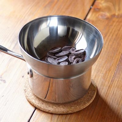 spiced-chocolate-cake-with-cardamom-03